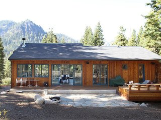 Modern, Sustainable Alpine Home, Lake Tahoe (California)
