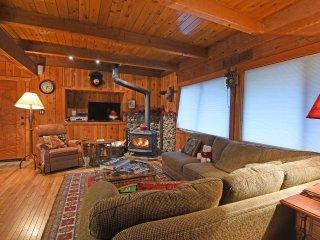 Inviting Cabin Close to Lake Tahoe, Carnelian Bay