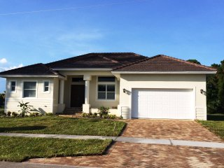 Brand NEW Inland 4-Bedroom Home with Pool, Marco Island
