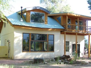Beautful Passive Solar, Strawbale Home on 3.5 acea, Crestone