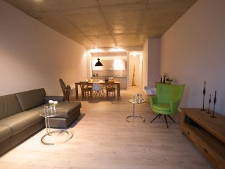 Vacation Apartment in Brandenburg an der Havel - 969 sqft, central, modern, spacious (# 9501)