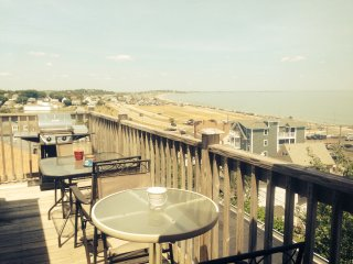 Boston Luxurious Direct Oceanview 3 Bed 2 Bath, Hull