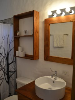 2nd bedroom'sbathroom