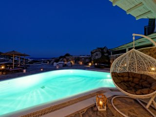 Beautiful 5 Bedroom Villa Private Pool & Sea View, Mykonos Town