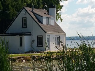 "Little Lake House - ""the best kept secret"", Fond du Lac"