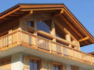 Chalet Aventure, stunning 5 bedroom cottage, La Tzoumaz