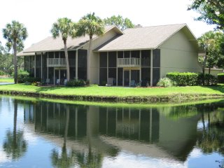 Sawgrass Living. 3 BR Sawgrass CC Townhome in Ponte Vedra Beach