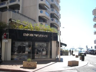 Beautiful 2 bed 2 bath apartment downtown Cannes