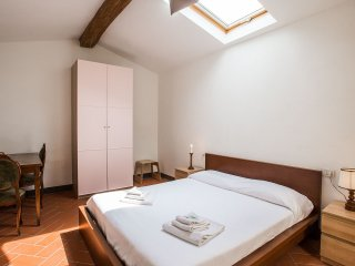 Scala 2 bedroom  3rd floor, Florencia
