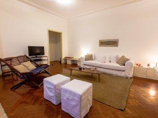 Perfect Leblon Confortable 3 bedroom Apartment, Rio de Janeiro