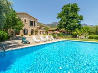 VILLA REINA - Villa for 9 people in Alaro