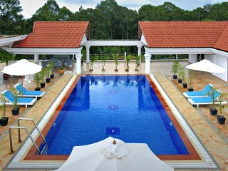 Deluxe Safe Apartment with Pool and Gym, Siem Reap
