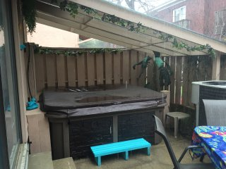 Private hot tub!  Outside shower   Gas grill    Your personal oasis !!
