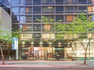 Studio Condominium at Midtown 45th Street, Nueva York