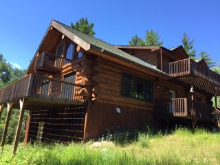 BWCA 2100 sq ft 3+2 w/loft, 20 acres, 7 view decks