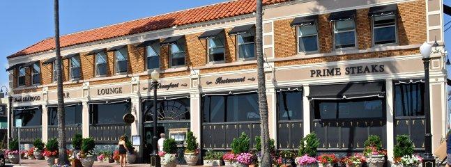 Amazing local restaurants are just around the corner!
