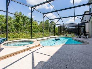 Big Disney Villa 4 bed Executive Orlando Pool home Golf Sleep up to 8