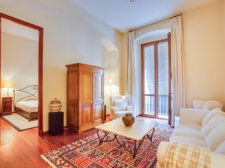 Elegant apartment in the old Girona