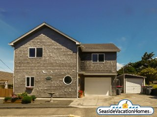 44 8th Ave - Ocean View, Seaside