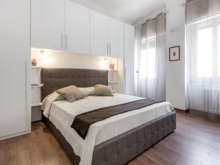 New and nice, centrally located, AC and WiFi-, Florença