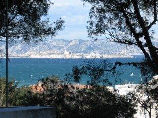 Appartement vue mer aux Portes des Calanques, Marsella