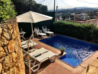 Villa Charlotte met privé zwembad & mooi uitzicht, Lloret de Mar
