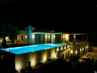 Villa Appolo, Lagonisi