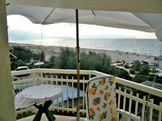 AL010 - Appartamento 7 posti in spiaggia