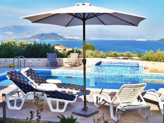 Silva A1-pool, beach, peaceful area, Trogir