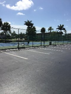 Admiralty House Tennis Courts