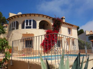 4 BR Villa with private pool and gorgeous views, Javea