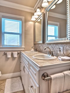 Large double sink bathroom