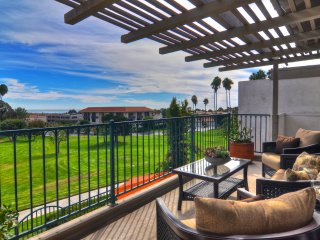Golf course & ocean view condo near parks, beach, and shopping., San Clemente