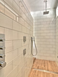 Modern and truly awesome double shower in master bathroom