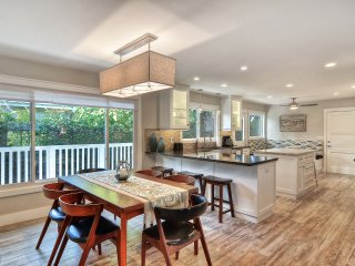 Beautiful home with Hot tub and game room. Walk to local T-Street Beach!