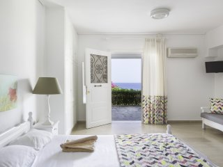 Superior Residence with sea view , in Monemvasia, Monemvasía