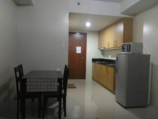 Discounted condo unit near Mall of Asia,Pasay