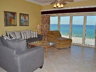 Gorgeous unit w/bunkbeds for the kids ~ beachfront views ~ Beach Manor 511