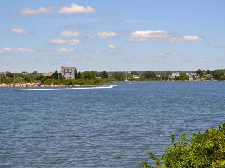 WATERFRONT RENTAL JULY 9-16 AND JULY 16-12