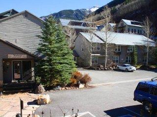 Mountainside Inn #320