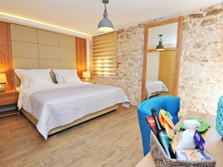 Exclusive 4 stars rooms in Split, Stobrec