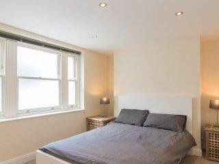 Cozy 1 bed garden flat