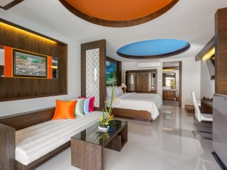 Direct Access to Pool!, Patong