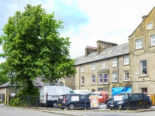11 EAGLE PARADE, apartment, four bedrooms, WiFi, nr Buxton, Ref 936517