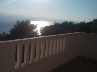Apartment with Sea View Croatia,close to the beach, Omis
