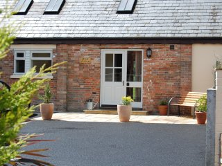 The Milk Churn, Bramble Farm Cottages - Sleeps 4