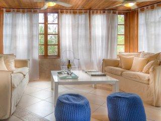 Contadora: Villa Pregonda Playa Galeon, sleeps 6+, Isla Contadora