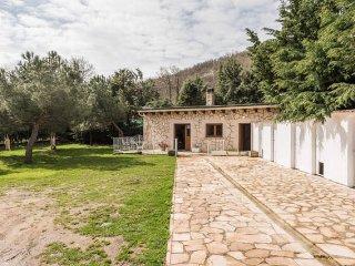 Alquilo preciosa casa en finca de 18.000 m2, Miraflores de la Sierra