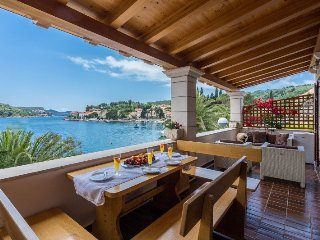Adria House Dubrovnik for family