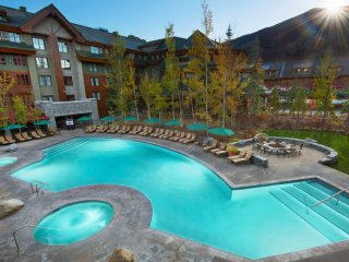 5 STAR MARRIOTT Lake Access Hot tub-Kitchen, South Lake Tahoe
